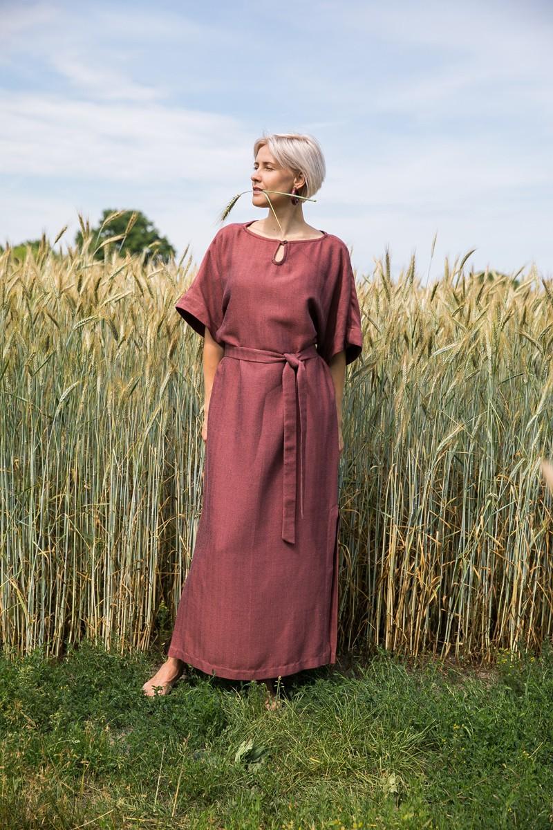 Платье Бьянка цвета коричной розы из льна, хлопка и вискозы.